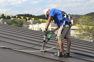 gaf-roof-installation-safety-harness-frenchlick-in-springs-vallley-school
