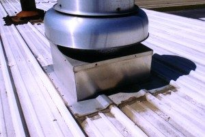 metal-roof-curb-leaking