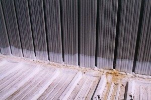 metal-roof-deck-wall-joint-leaking