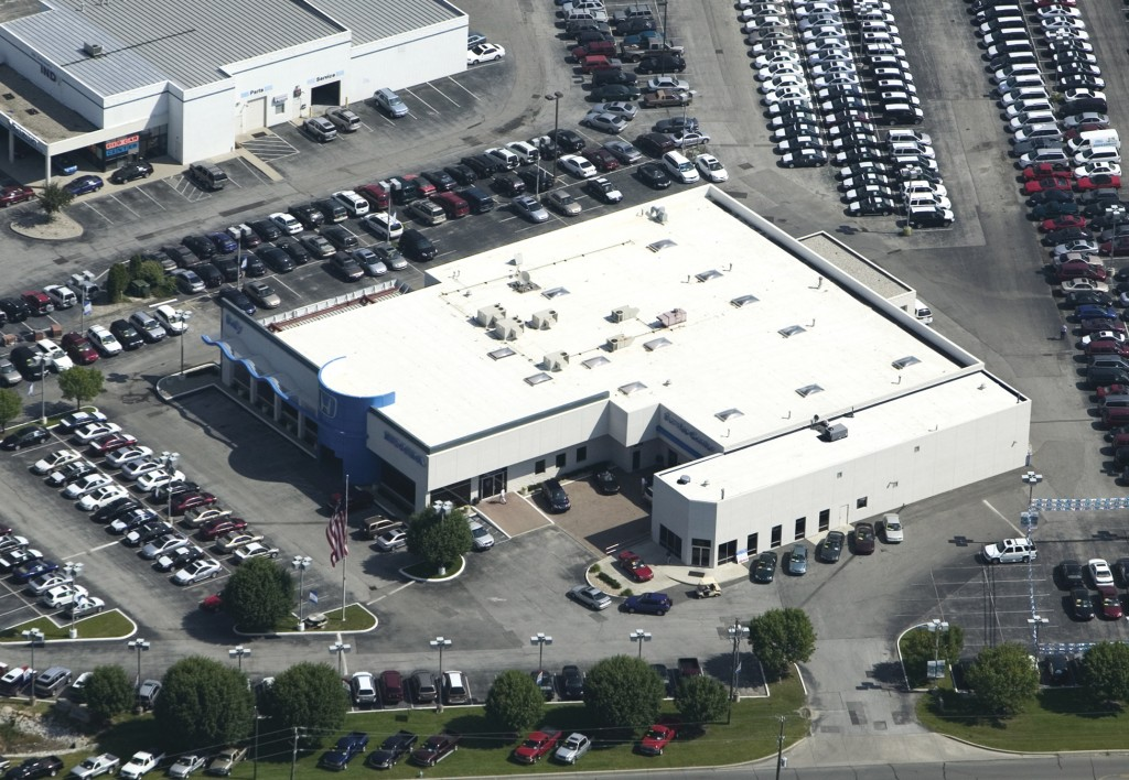 Flat Roof Commercial Roofing Services Indianapolis, Indiana
