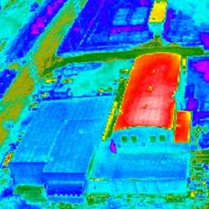 Aerial view thermal imaging of rooftop heat levels
